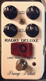 penny-pedals-radio-deluxe-1
